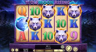 Wolf Moon Rising  Slot
